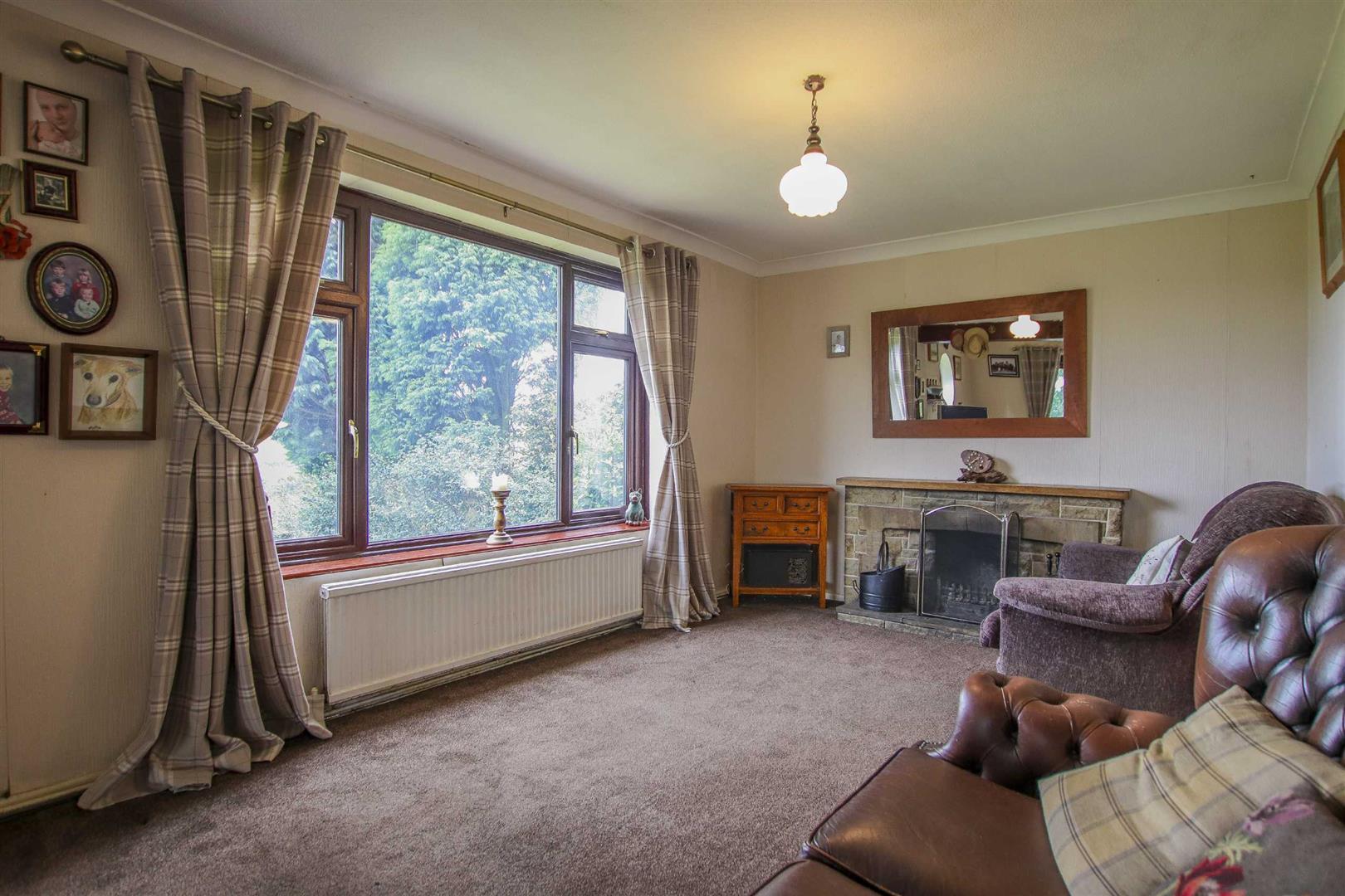 4 Bedroom Semi-detached House For Sale - Image 34
